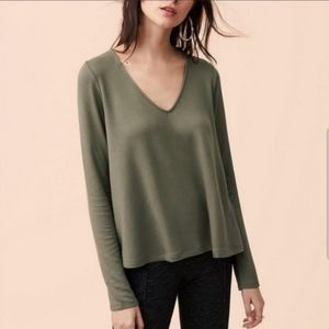 Lou & Grey NWT Green Long Sleeved Top Medium